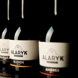 """ALARYK nos muestra la botella """"París"""" 33 cl y 75 cl"""